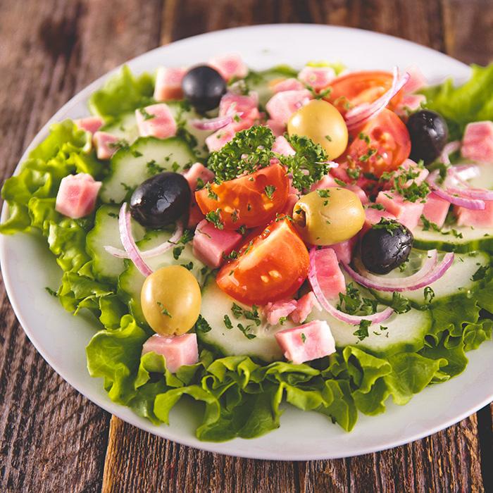 izidoro-salada-fiambre-molho-iogurte